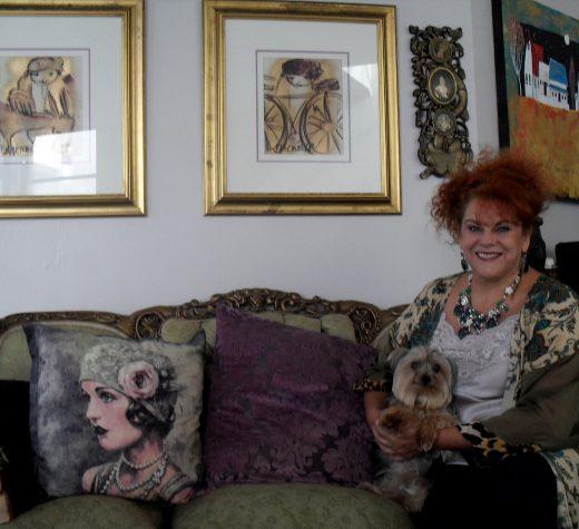 Jolene van Wyk met klein Gizmo.
