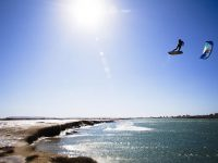 Kitesurfer Shines