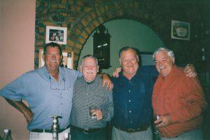 Hennie Jonker (links) saam met twee ander pioniers, Danie Grundlingh (langs Hennie) en Henri van Biljon, asook Hennie van Deventer.