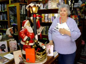 Booklover Veronica Engelbrecht has been working at Hemingways for many years.